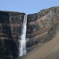 Hengifoss (ca. 118m) drittgröߟter Wasserfall Islands; 24.07.2006