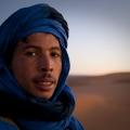 """unser Guide auf die Sanddüne am Rand der Sahara (\""""Grand Erd\"""")"""