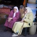 zwei Frauen im Souk von Marrakech