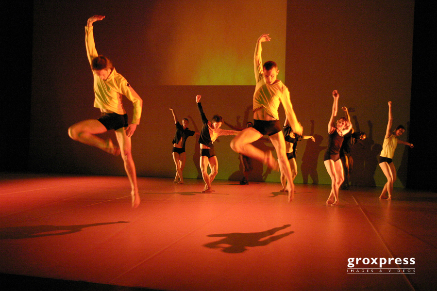 TanzTage05: Random Dance; Posthof, 02.04.2005