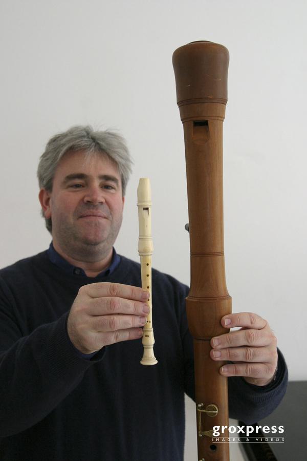 Austrian Baroque Consort: Michael Oman (links: Elfenbeinpiccolo,