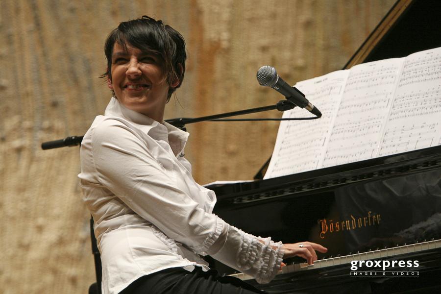 Abendlieder - Sabina Hank (Gesang, Klavier); Brucknerhaus Linz,