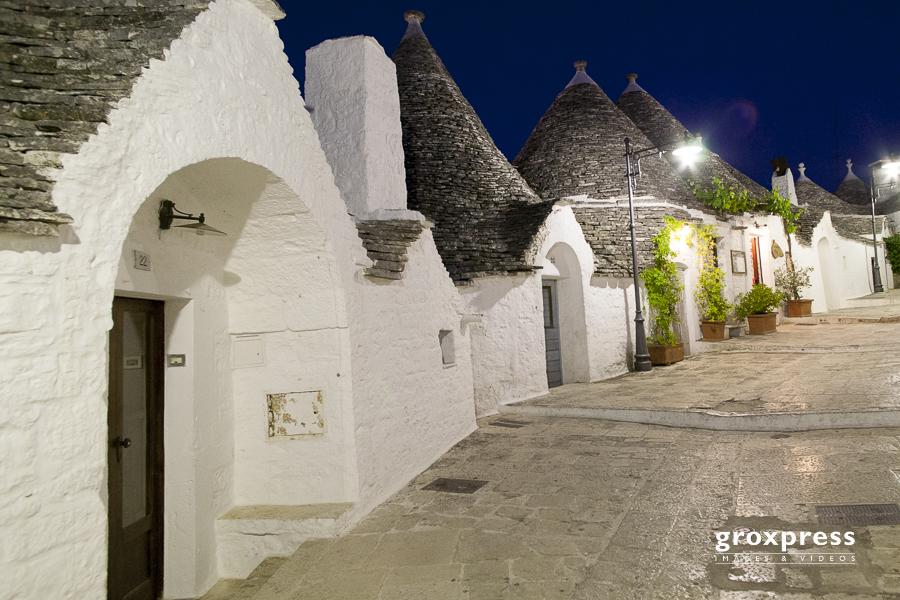 Nachtansichten - Trulli in Alberobello