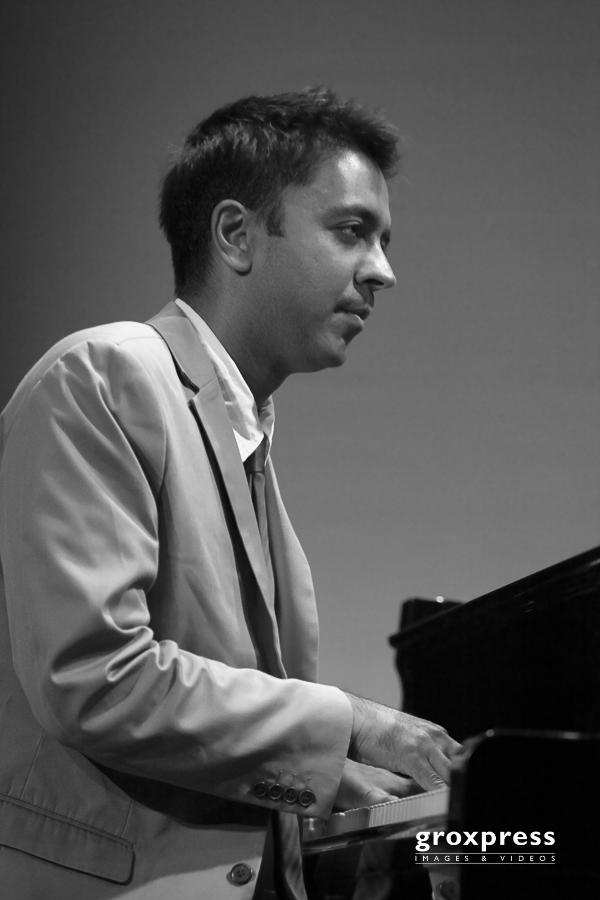 """Jazzfestival Saalfelden 2009: Vijay Iyer """"Historicity"""" - Vijay I"""